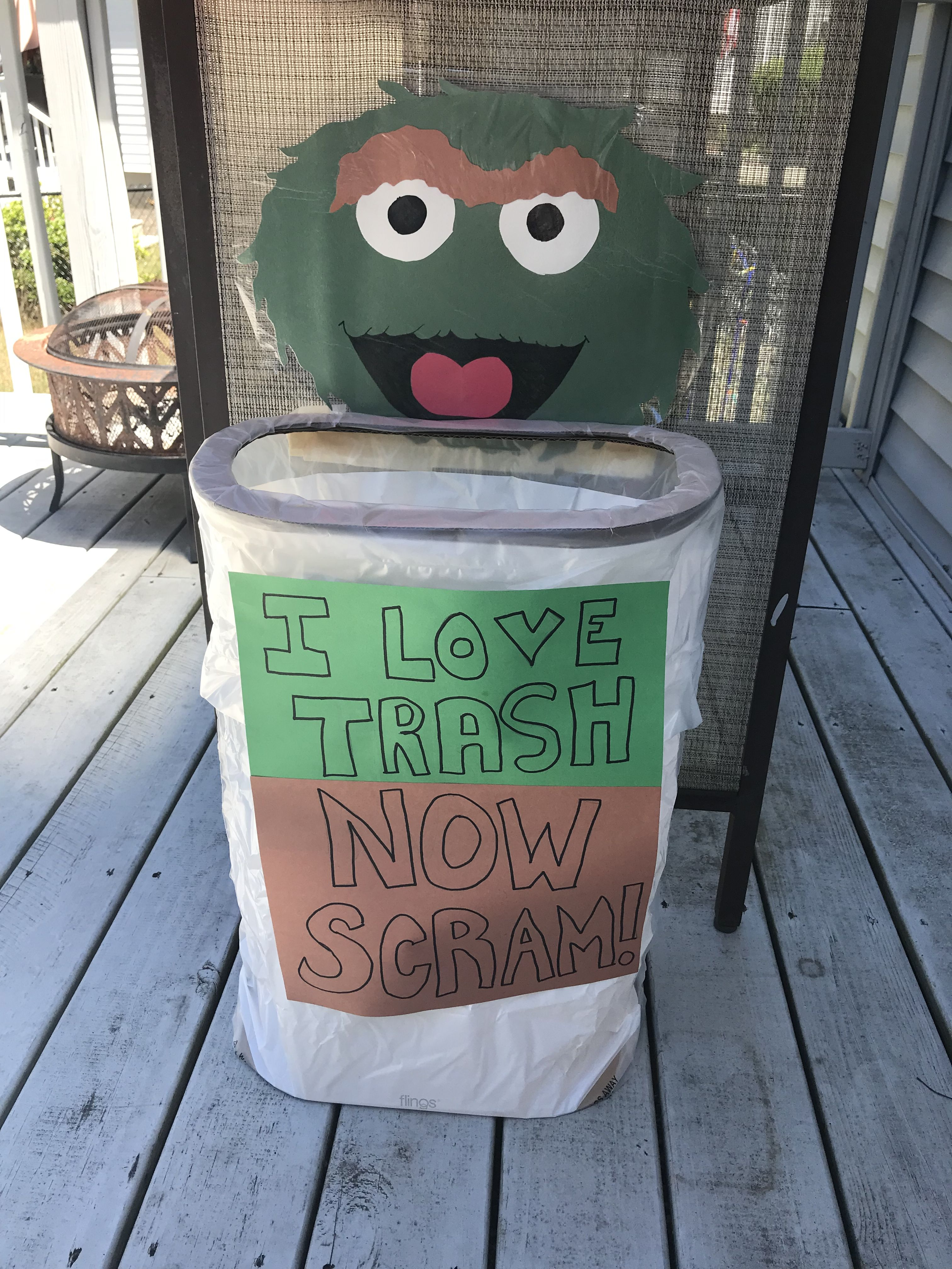 Oscar The Grouch Trash Can Themedparty Sesamestreet