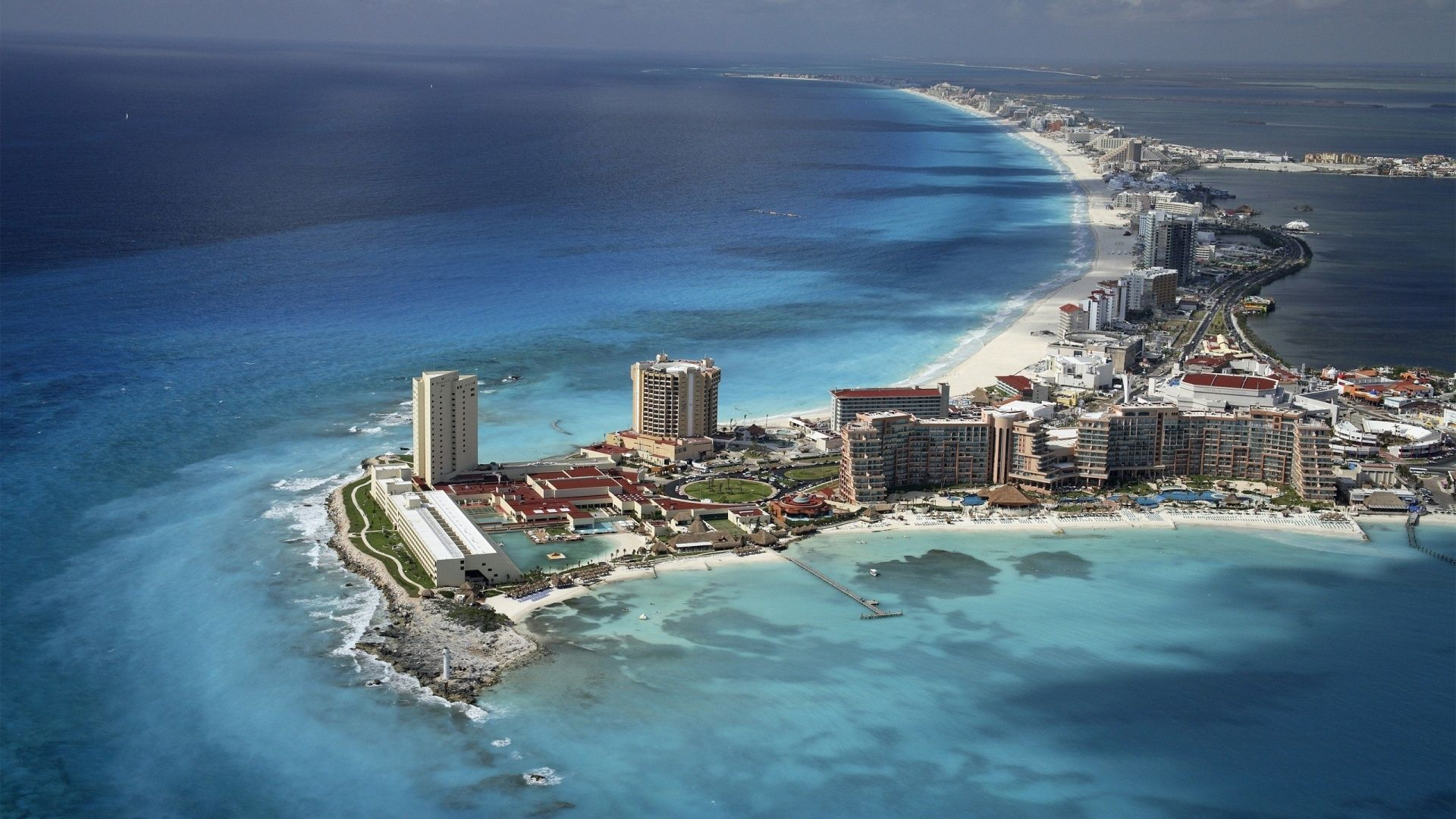 Cancun mexico city is the pretty's place to spend time whit you're ...