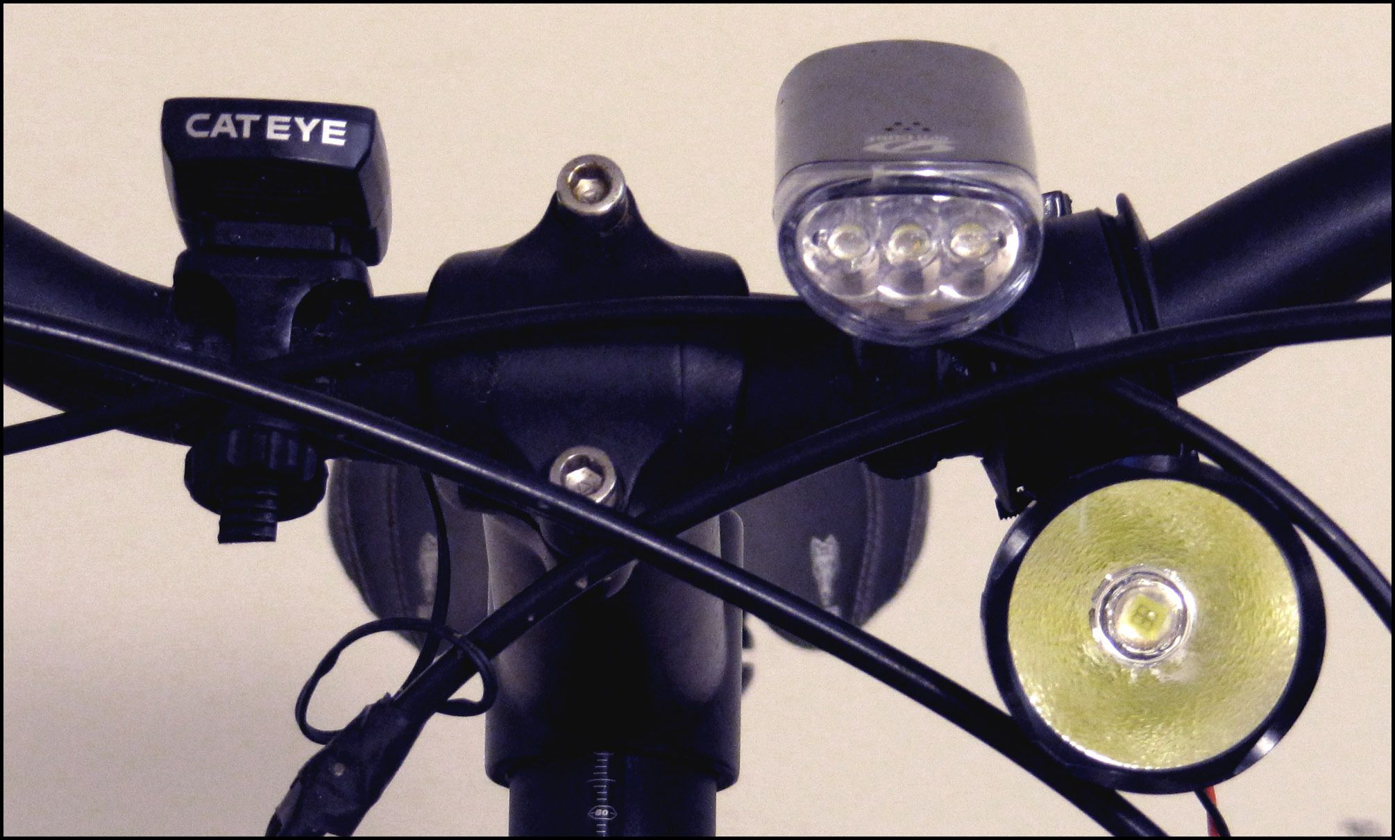 Voltage Regulated 5v Bicycle Dynamo Light Usb Charger With