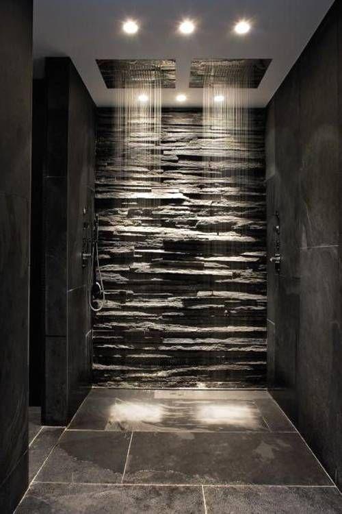 salle de bain moderne avec douche