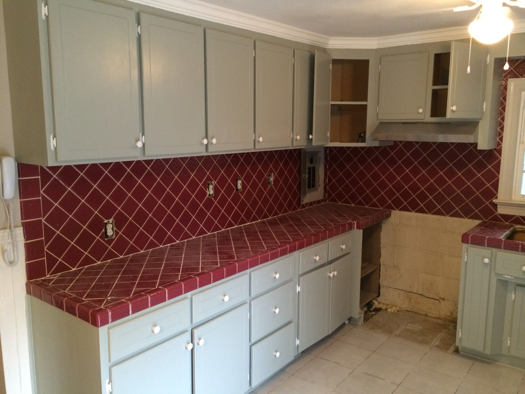 Kitchen Cabinet Repainting Refinishing Experts In Raleigh Specialized Refinishing Co Refinishing Cabinets Kitchen Cabinets Gorgeous Kitchens