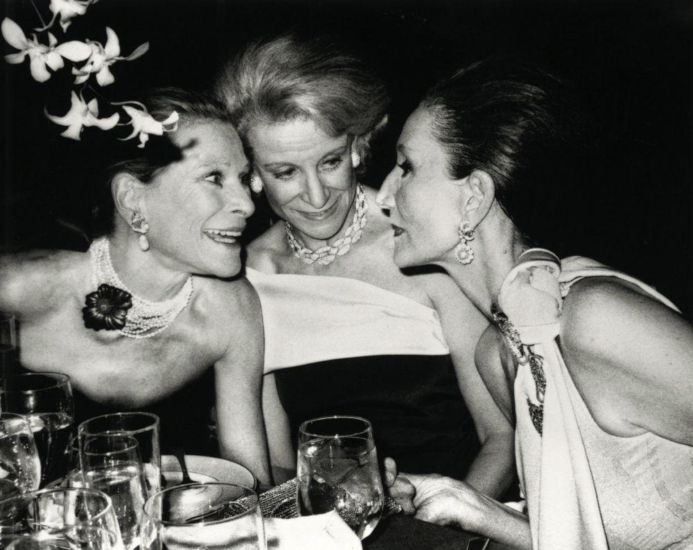 Nan Kempner, Fran Stark, Jacqueline de Ribes - Roxanne Lowit 1984