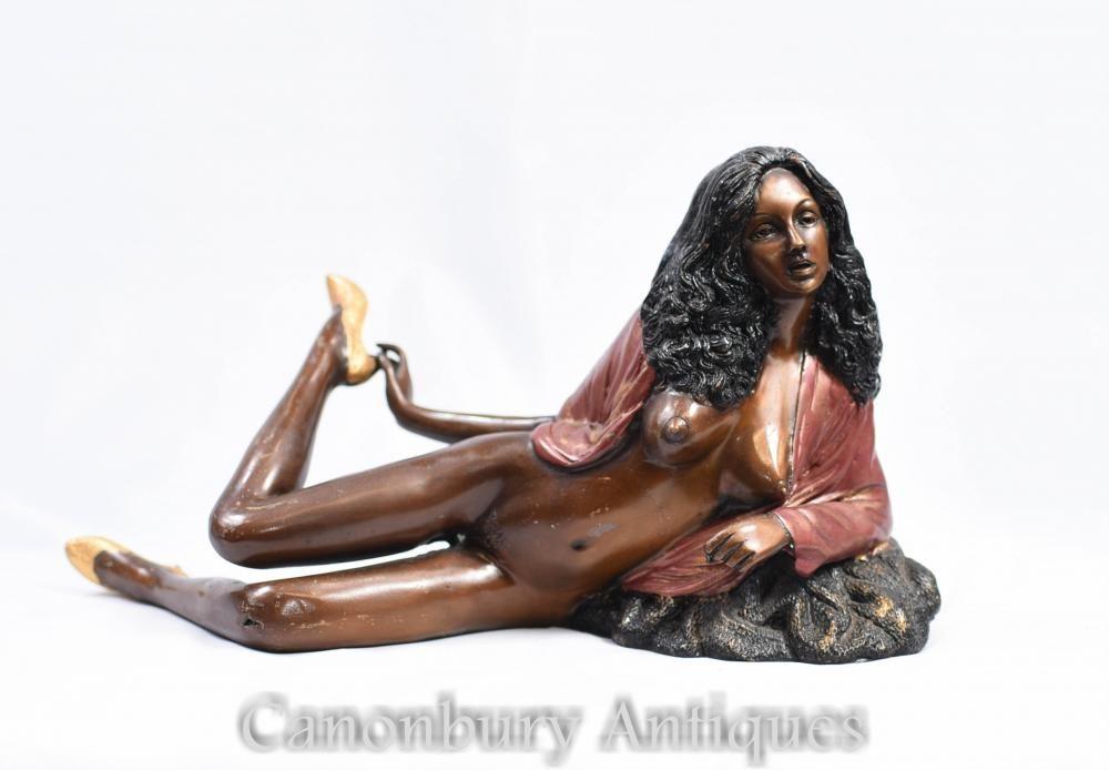 Nude figurines erotica consider