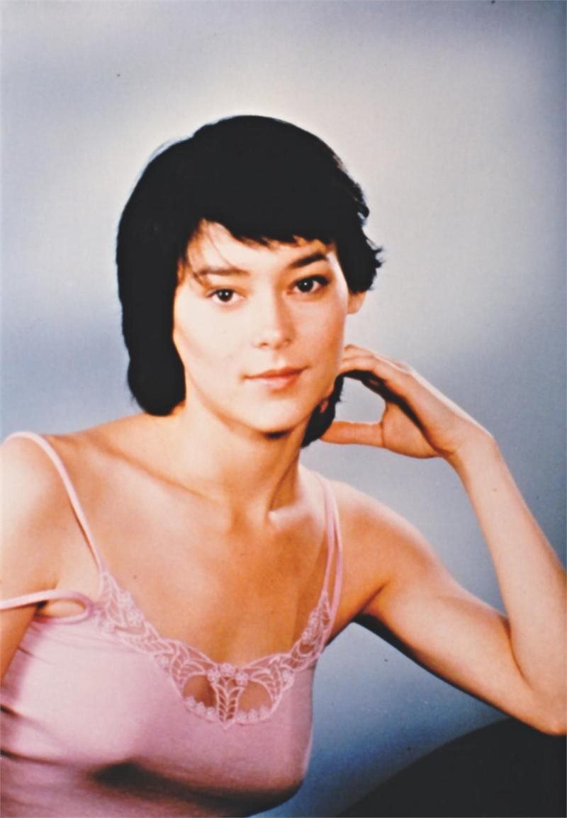 Meg Tilly Meg Tilly new picture