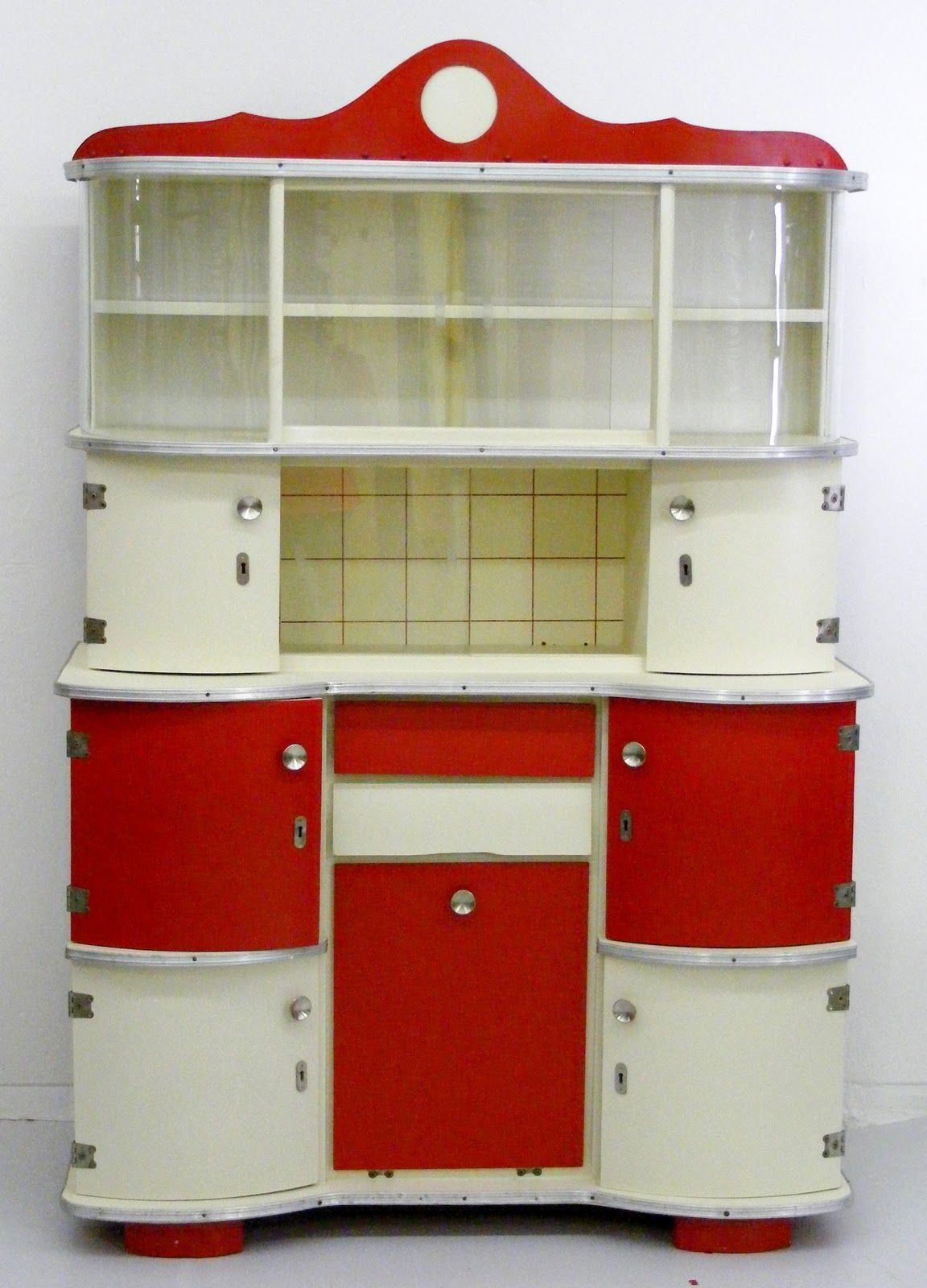 Red Retro Kitchen Appliances , Red Kitchen Cabinets , Black And ...