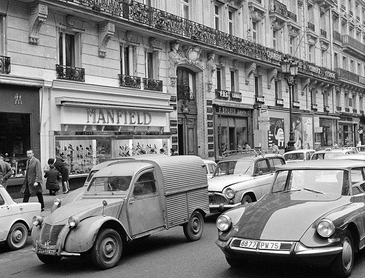 paris annee 1960 avenue de 750 572 fiat cars pinterest ann es 60 vieilles. Black Bedroom Furniture Sets. Home Design Ideas