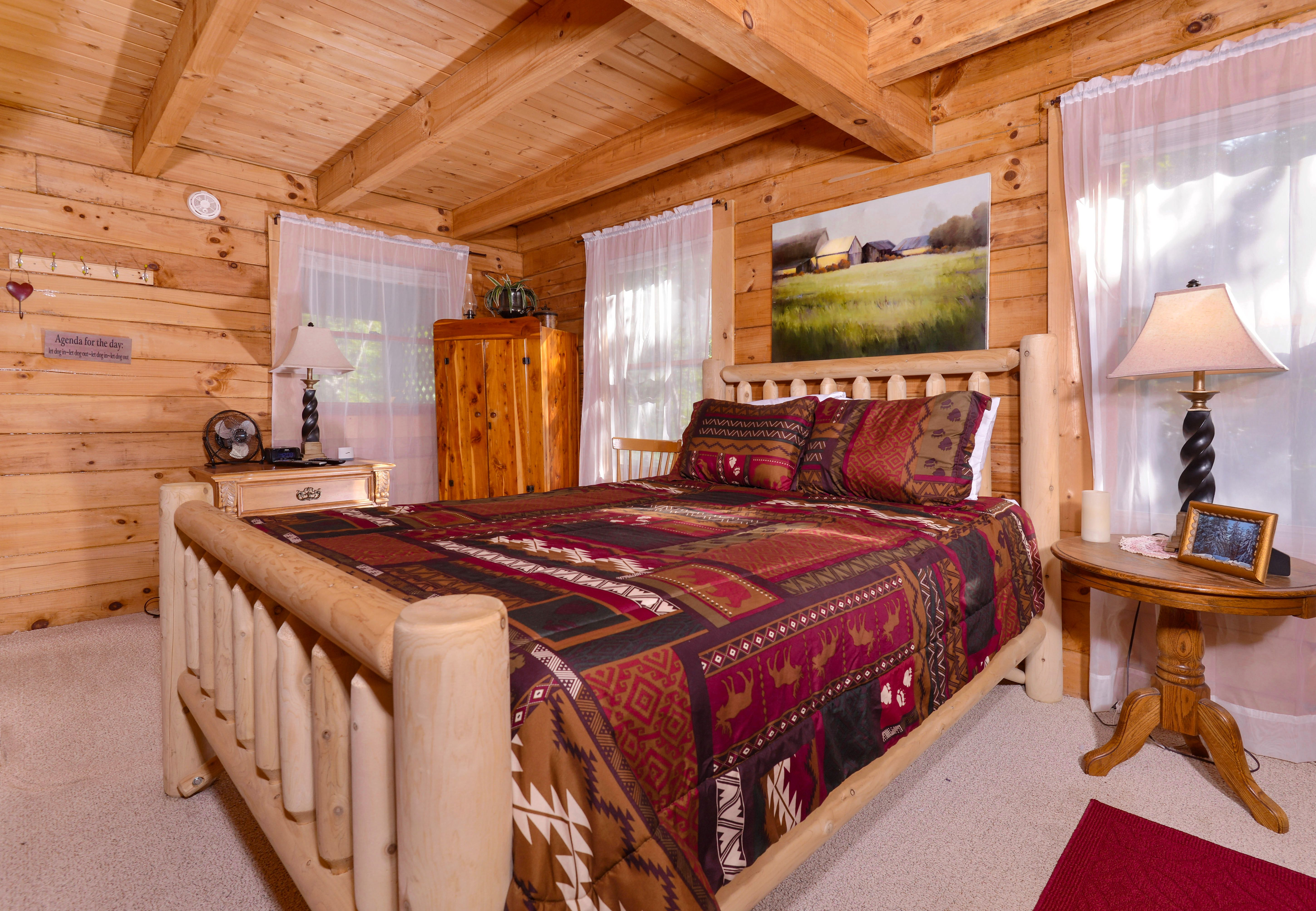 two at fireside friendly chalets tennessee bedroom cabin secluded pigeonforgetwobedroomcabinrentalthumb rental pigeon caneycreekmountaincabins pet forge mountain cabins smoky and