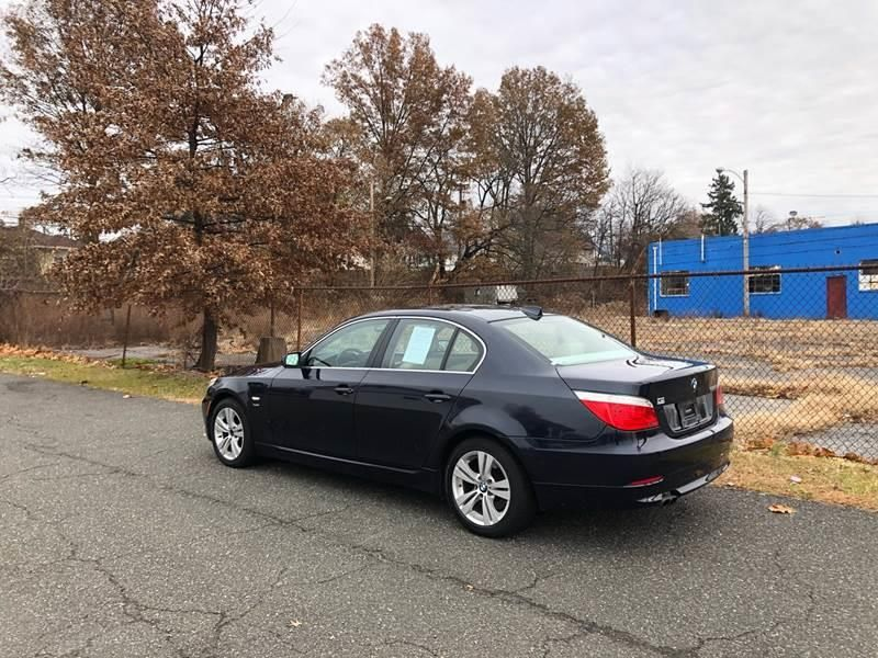2009 Bmw 5 Series 528i Xdrive Awd 4dr Sedan In 2020 Tire