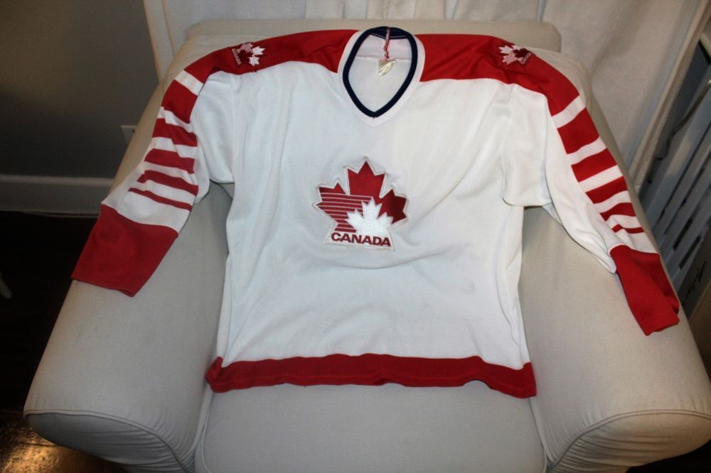 Team Canada Ccm Maska Ultrafil Vintage Retro Nhl Hockey Jersey Men S X Large Ccm Canada Shirts Hockey Jersey T Shirt