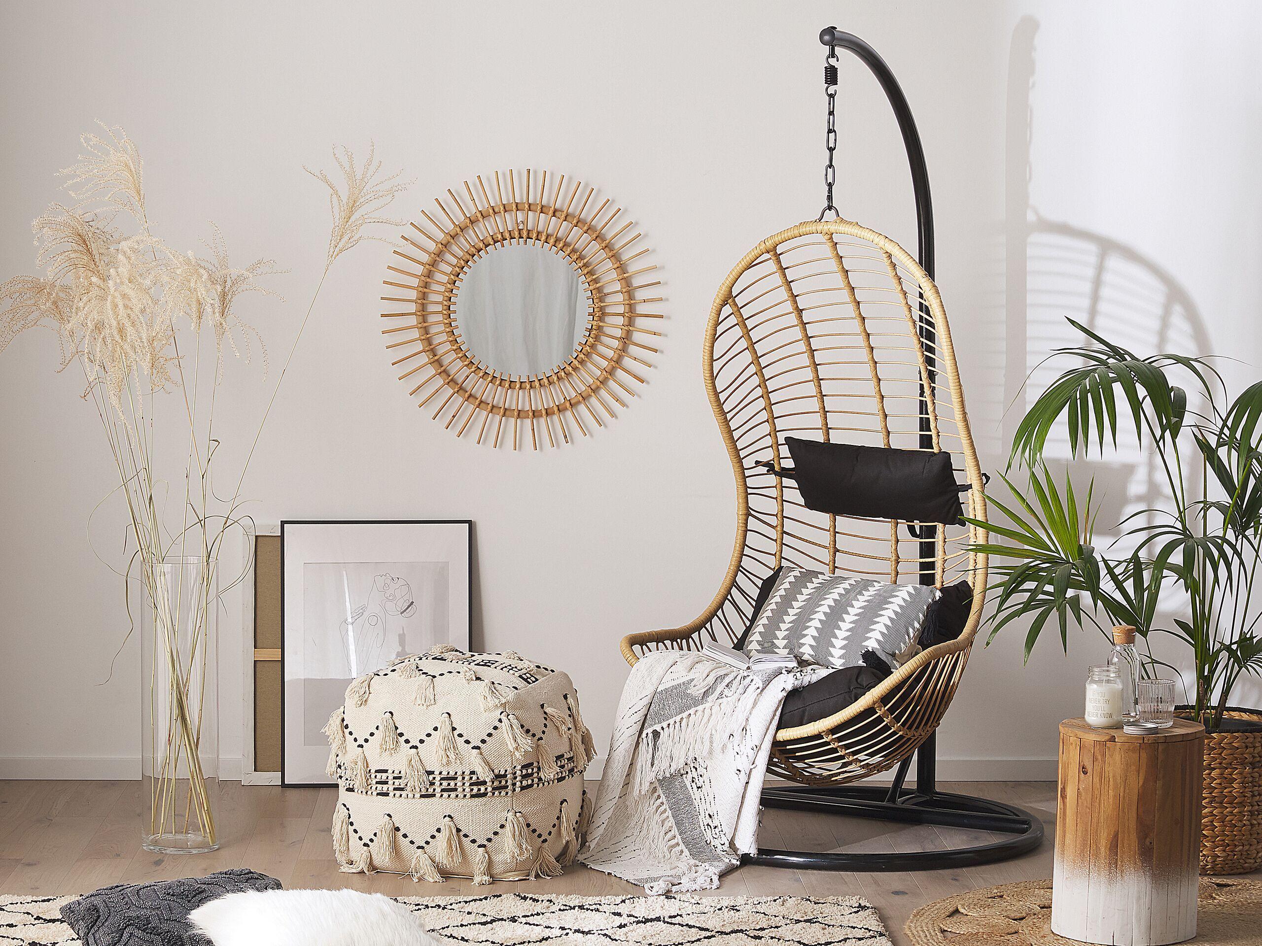 Fotel Wiszacy Bezowy Rattanowy Bujany Metalowa Czarna Rama Styl Boho Beliani Hanging Chair Beliani Furniture
