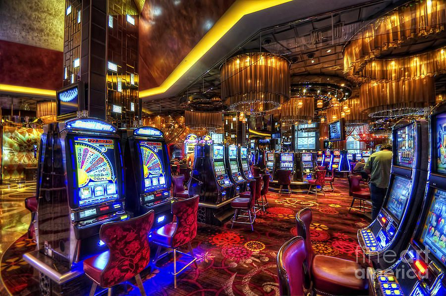 Vegas Slot Machines by Yhun Suarez in 2019 Places to see