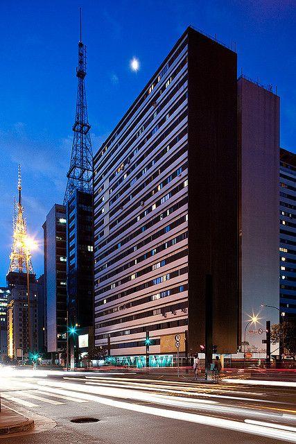 Nações Unidas building, in São Paulo, Brazil. Designed by architect Abelardo de Souza. 1953.