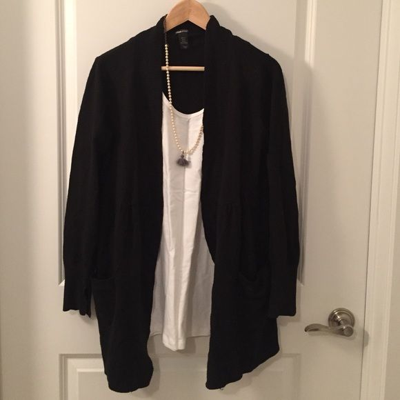 Classic H&M Mama black cardigan Classic H&M Mama black cardigan. Needs some TLC. Two tears - 1 on the front and 1 on the right sleeve as shown in pics. Shows pilling with wear. H&M Sweaters Cardigans