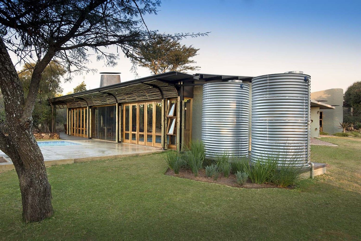 Gallery of House Mouton / Earthworld Architects - 22