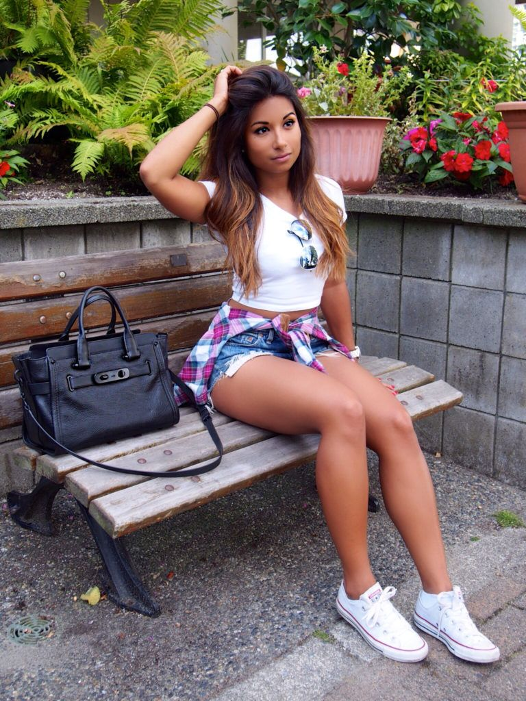 How To Style Crop Tops and Hotpants | Pinterest