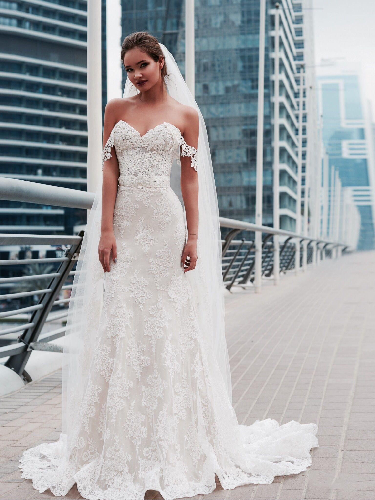 Νυφικα 2018#ρομαντικα νυφικα#νυφικα με εντυπωσιακη πλατη#γοργονε ...