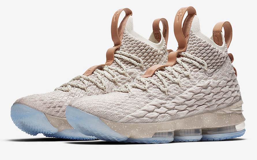 newest 2b666 a3fe4 Official Images: Nike LeBron 15 Ghost | zapatos a la moda ...