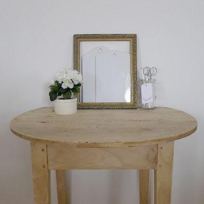 d caper un meuble vernis ou cir the white home azalea trucs et astuces. Black Bedroom Furniture Sets. Home Design Ideas