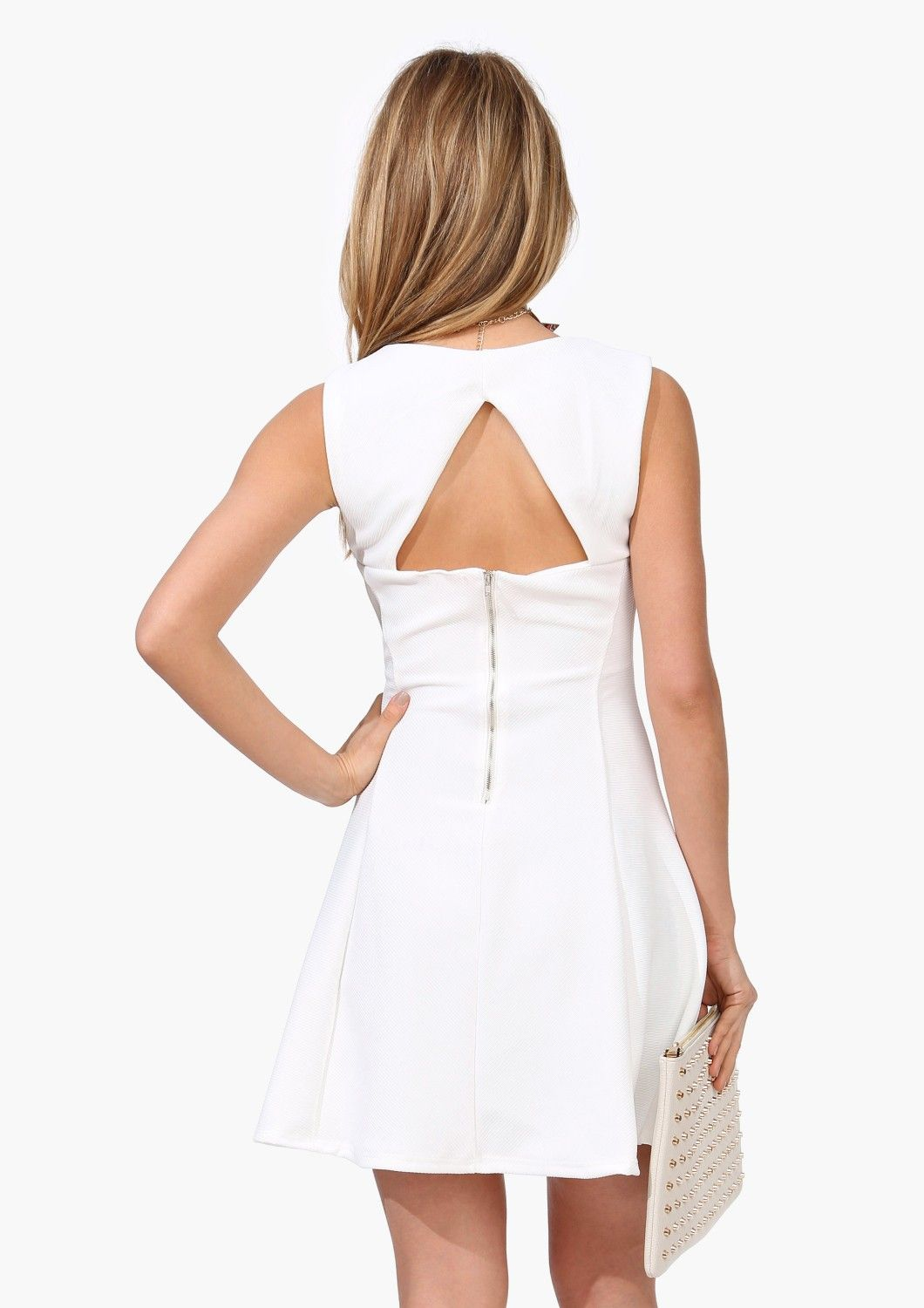 What a super back on this dress, love the triangle.