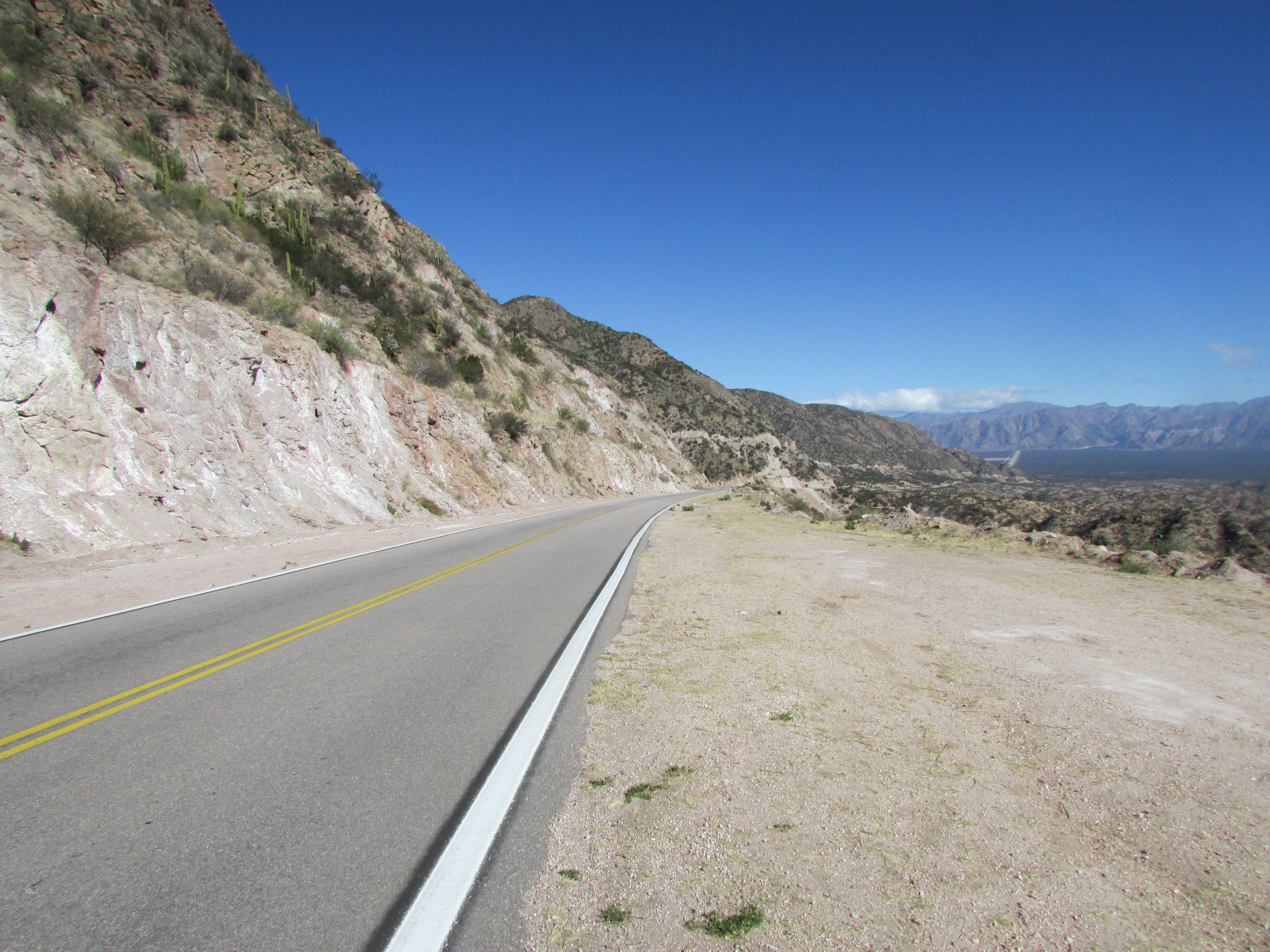 La Rioja, Ruta 75, Cuesta de Huaco