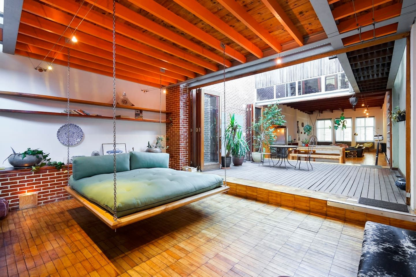Pin by Gwen Swanson on : Best of Airbnb : | Lofts for rent ...