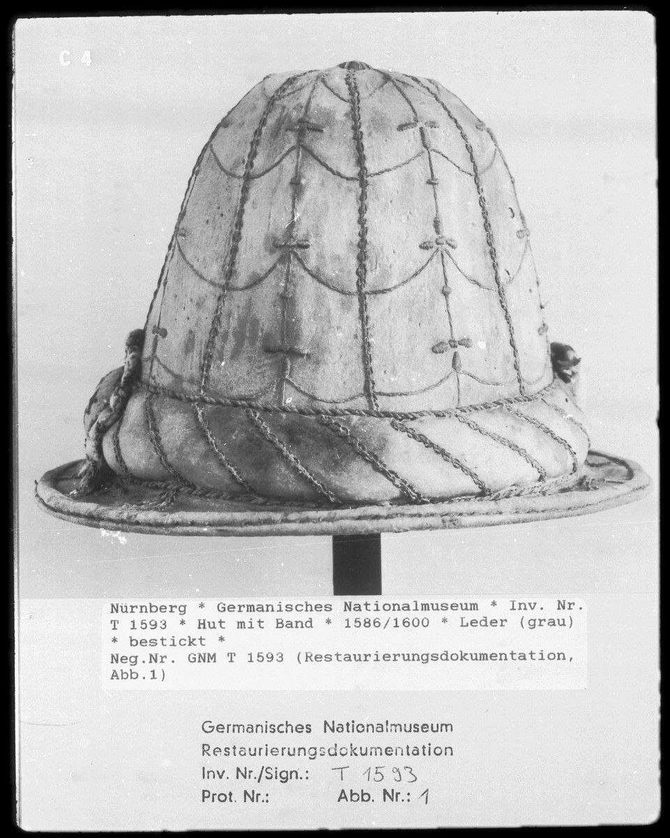 Leather hat 1586