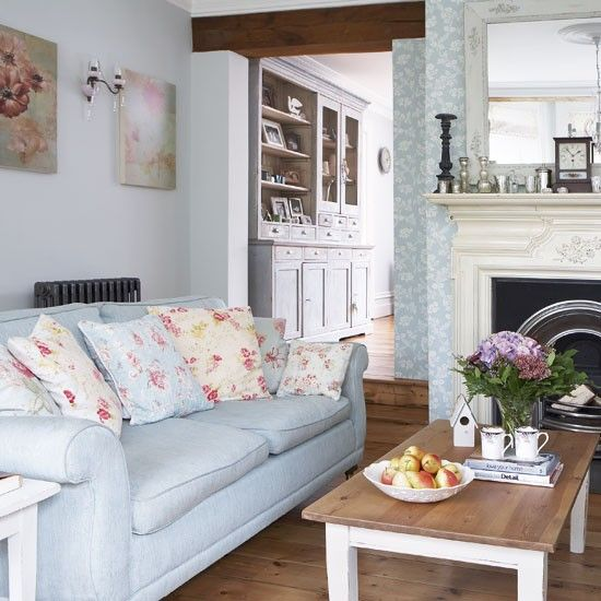 Pretty Living Rooms | Pretty Pastel Living Room | Vintage Decorating Idea |  Country Cottage .