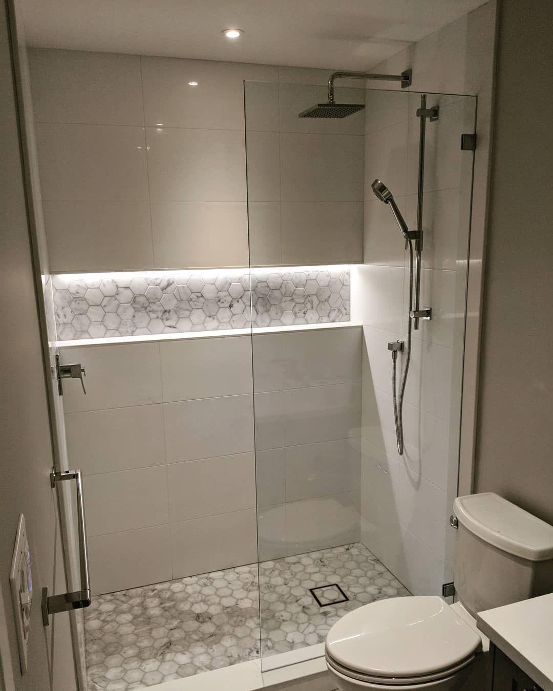 19 Excellent Modern Bathroom Remodel Budget Ideas In 2020 Shower Remodel Simple Bathroom Remodel Modern Bathroom Remodel