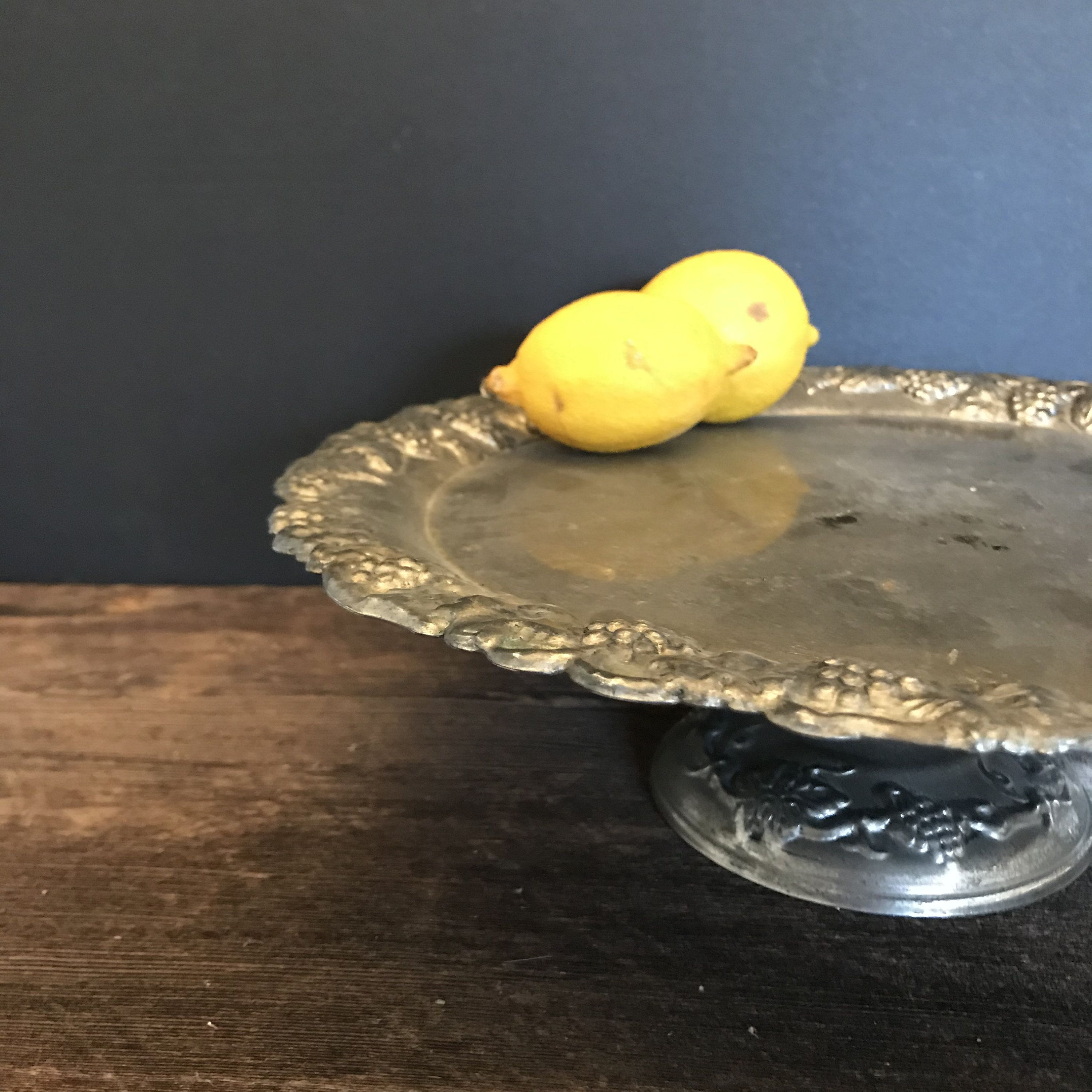 vintage cake stand silver pedestal cake tray rustic silver plated dessert server cake shop display ornate silver cake plate decorative prop -   16 rustic desserts Plating ideas