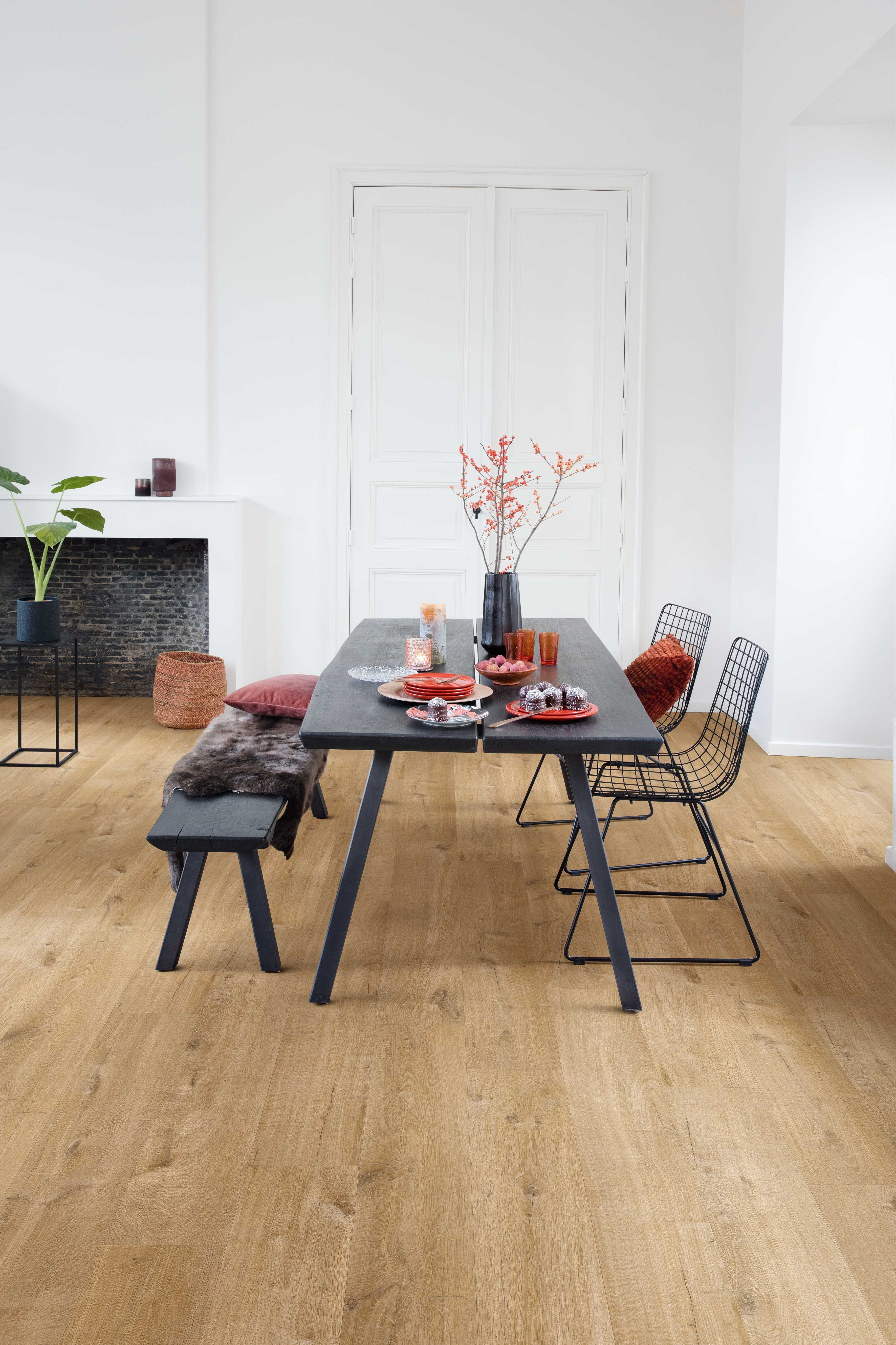 Quick Step Vinyl Flooring Pulse Cotton Oak Natural Pucl40104 In A Modern Dining Room Click Here To Discover Your Favourite Floor