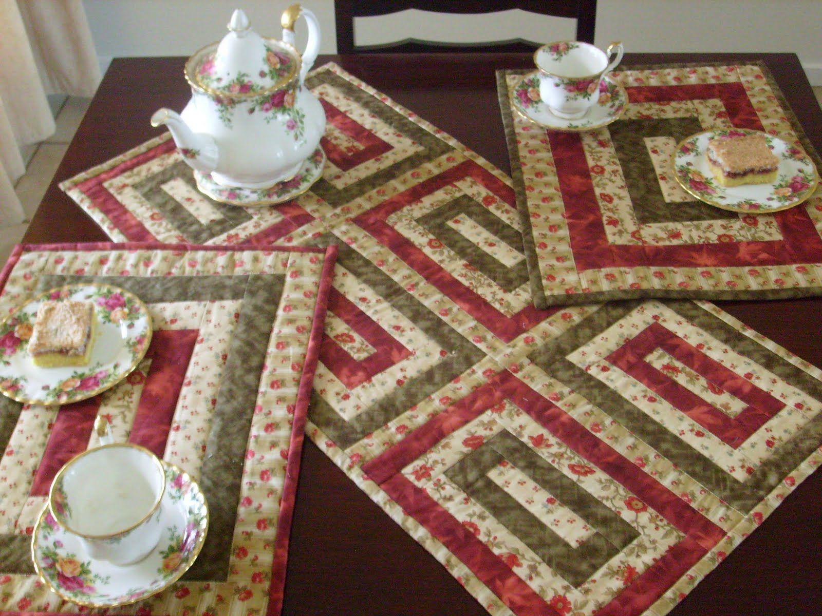 How to sew a table runner - Resultado De Imagem Para Free Table Christmas Runner Patterns