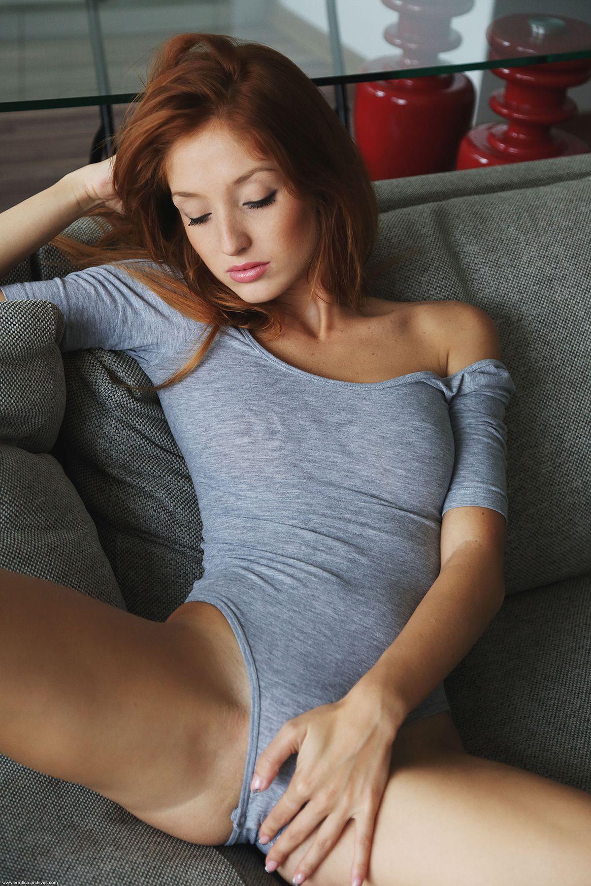 vovient hit кожаные платья порно
