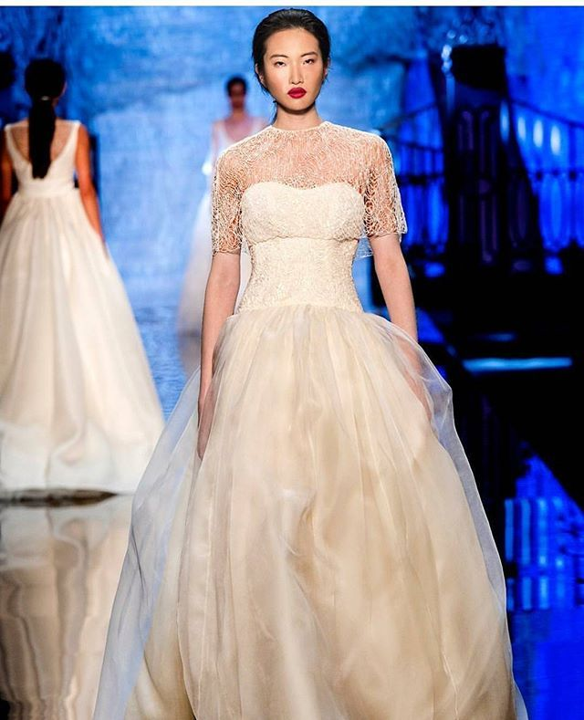 White color always become a favourite when it comes to wedding dress ...