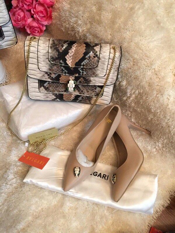 بولغاري سناك 350 وسط مع ديست باق كرت سير كعب بولغاري 350 ريال Louis Vuitton Twist Louis Vuitton Twist Bag Shoulder Bag