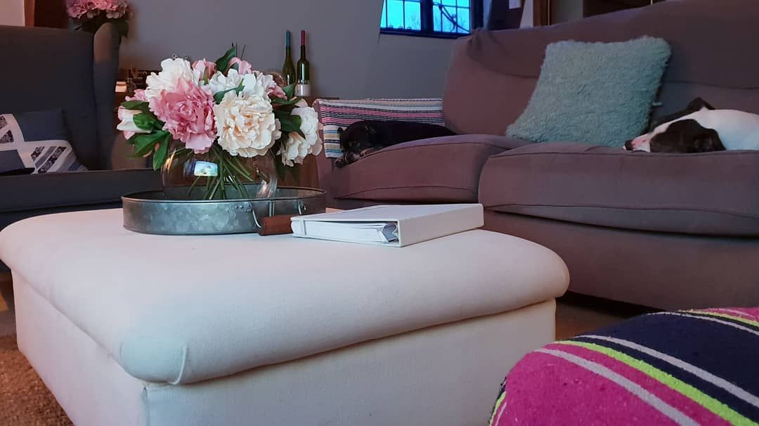 Country Style Living Room Grey With Splashes Of Colour Grey Ottoman Pink Sofa Countryst Living Room Grey Living Room Decor Apartment Trendy Living Rooms