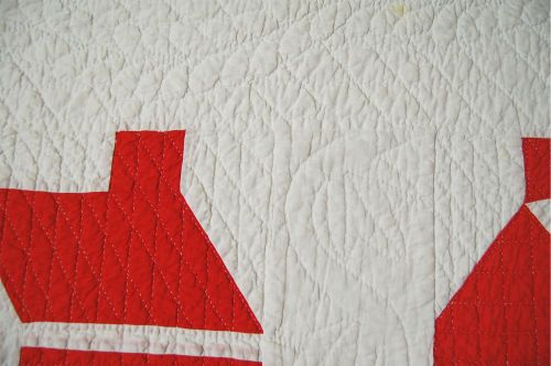 CLASSIC-Vintage-Turkey-Red-amp-White-Schoolhouse-Antique-Quilt-NICE-QUILTING