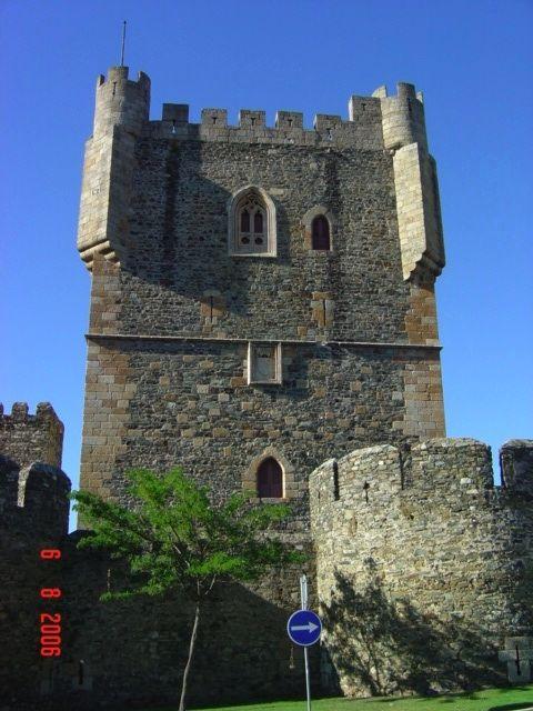 Castelos e Fortalezas de Portugal - História - Portal das Curiosidades
