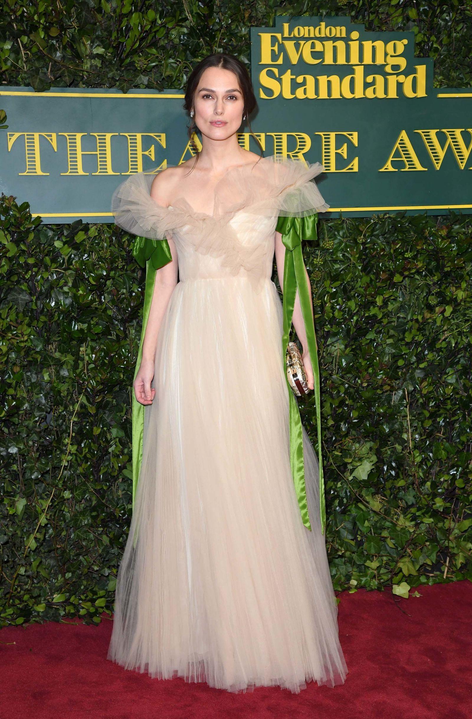 Keira Knightley gana con su vestido cuento | Mejores