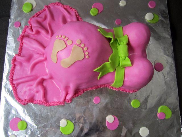 Baby Bump Cake, via Flickr.