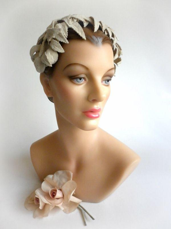Sposa Vintage   Vintage, Ornamenti per capelli, Sposo vintage