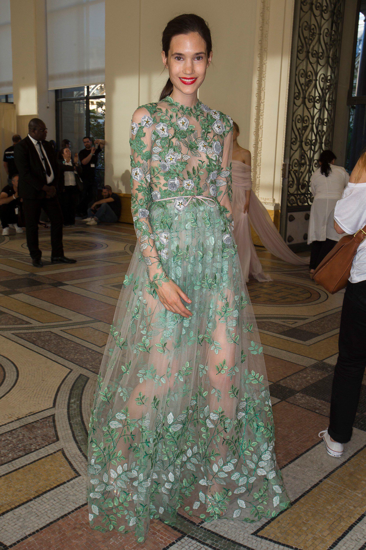 Giambattista valli fall couture fashion show beauty best