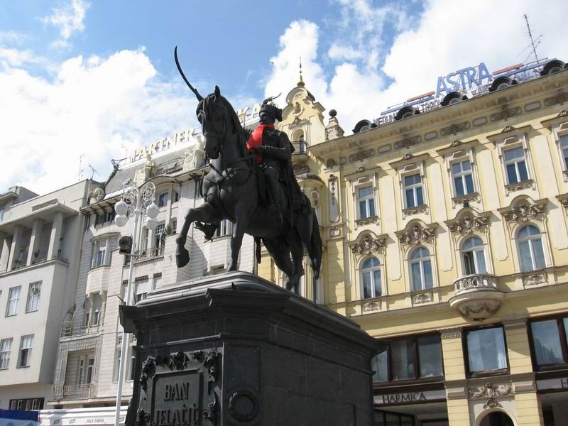 For This Is One Of The Strangest Statues In The World It Represents Yellatchitch As Leading His Troops On Horseback And Brandishing A Sw Croatia Zagreb Dolac