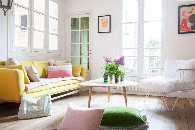 Zu Hause in Paris bei Elise Simian Living rooms, Room and Interiors - wohnzimmer grun rosa