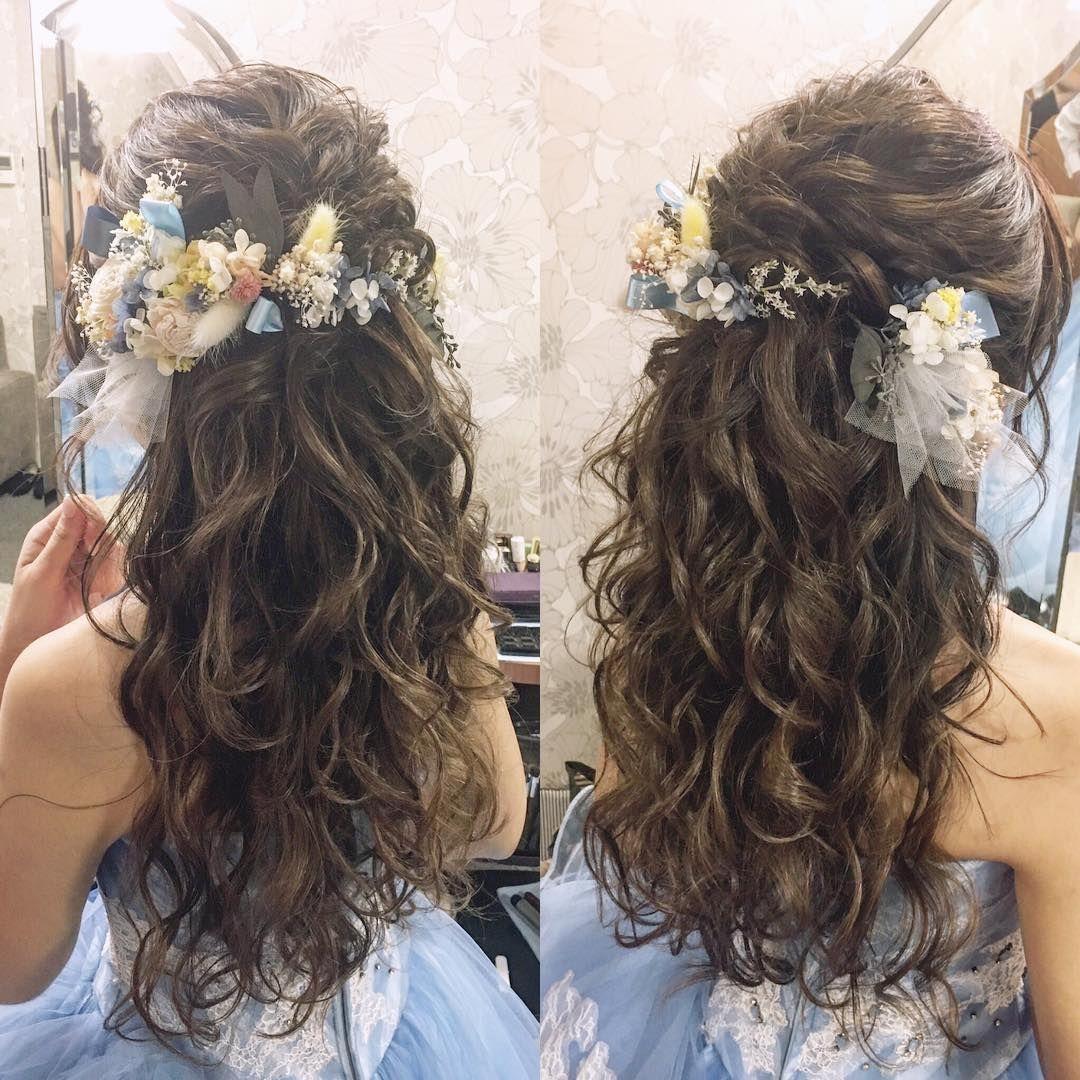 お色直しヘアに大人気 ハーフアップ ハーフ花冠 のブライダルヘアが可愛すぎ Marry マリー 結婚式 ヘアスタイル ダウン ウェディング ハーフアップ ウエディング ヘア ハーフアップ