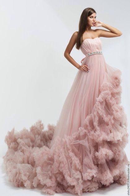 196c37af356fbfe Evening dress / Платья ручной работы. Ярмарка Мастеров - ручная работа. Купить  роскошное вечернее платье. Handmade. Бледно-розовый, платье-облако