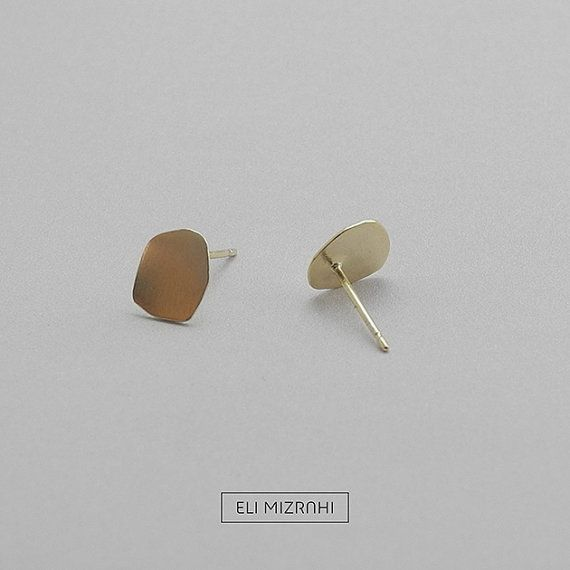 Unique hand made Stain shaped post earrings.  Eerrings by ELI MIZRAHI JEWELRY STUDIO.  www.elimizrahi.info
