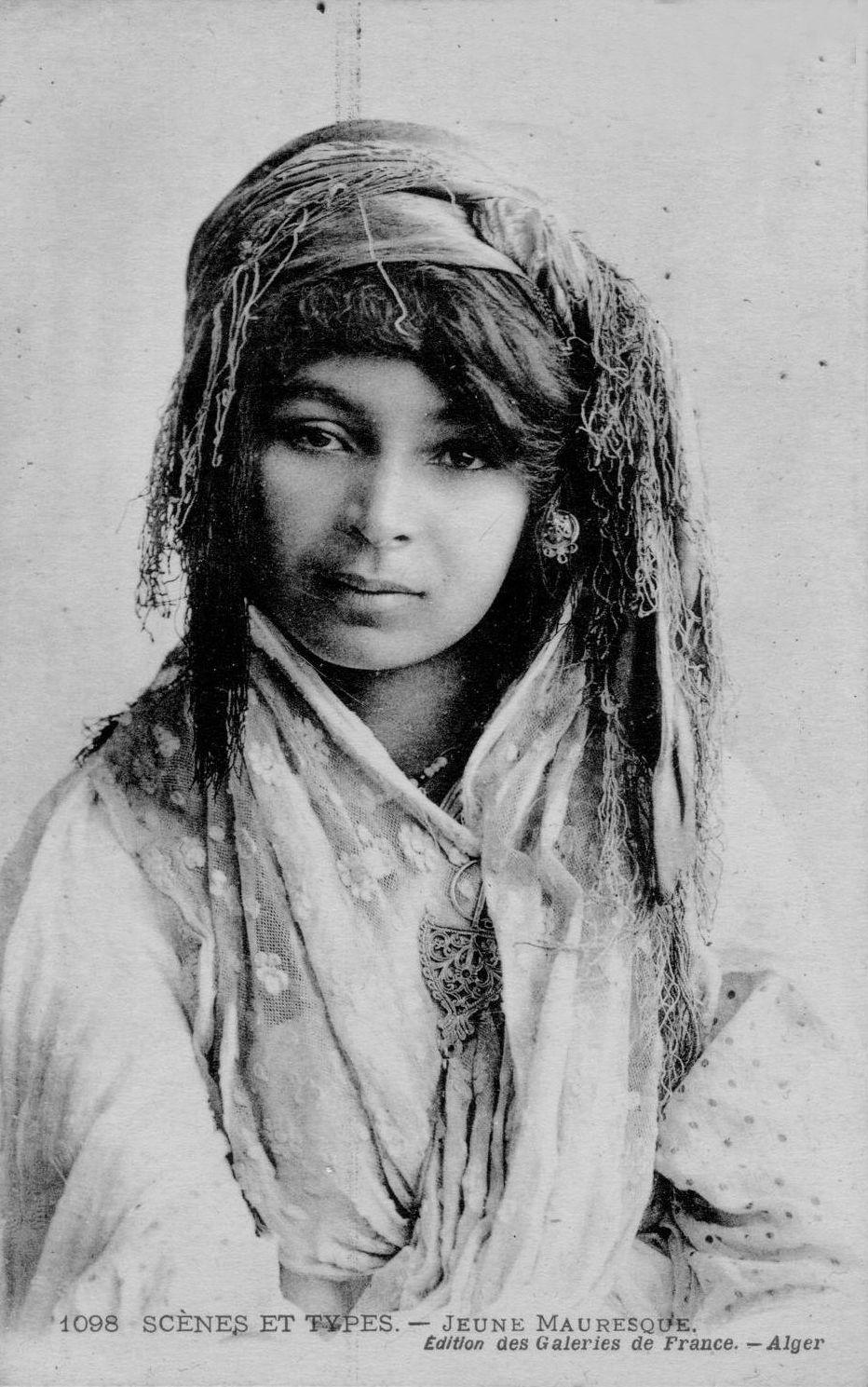 Dating Woman Black Algerie)