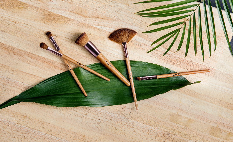 ECO FRIENDLY BAMBOO BRUSHES Vegan bristles designed to