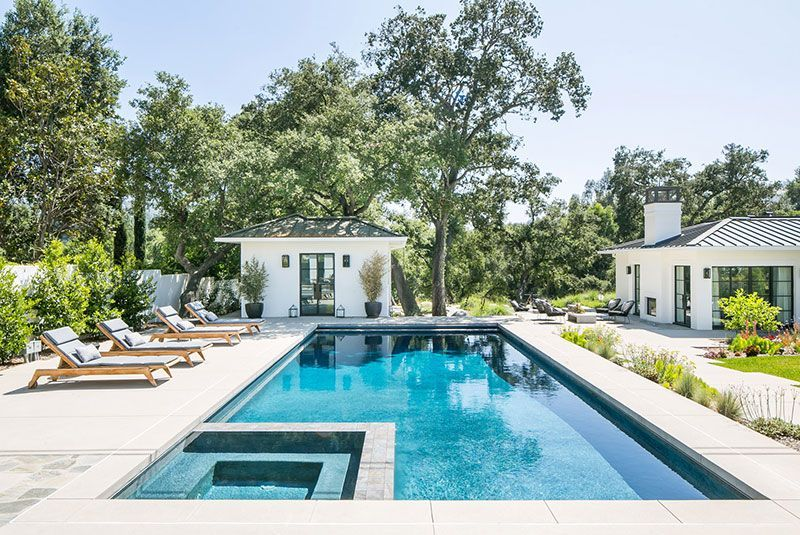 Family Home With Industrial Details And Beautiful Backyard In Los Angeles Photos Ideas Design Backyard Pool Designs Backyard Envy Backyard Inspo
