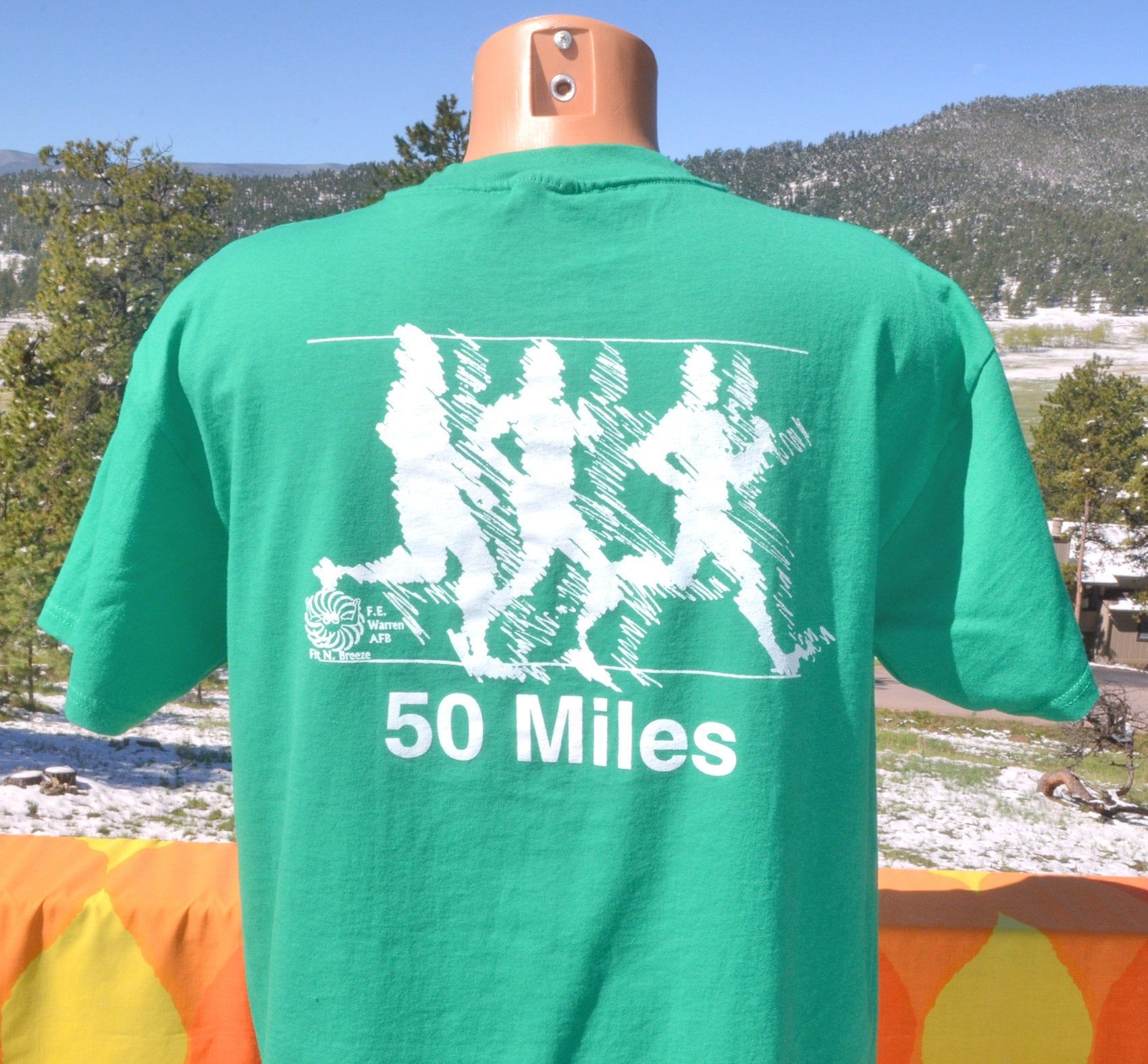 vintage 90s tee RUN warren afb air force road race green t